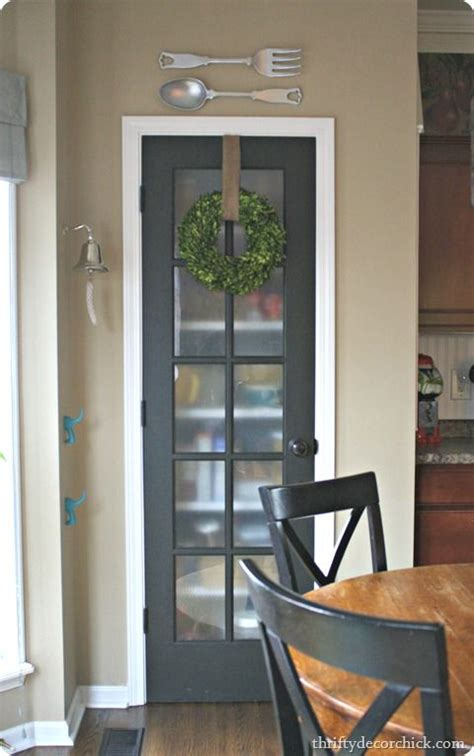 Kitchen Pantry Glass Doors by 25 Best Ideas About Pantry Doors On Kitchen