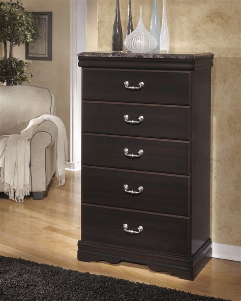 esmeralda sleigh bedroom set furniture extreme calgary esmarelda five drawer chest