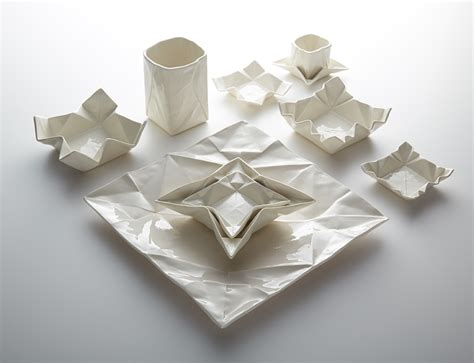 Designs Origami - ceramic origami plates and dishware by moij design colossal
