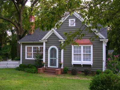 Paint Colors For Cottage Style Homes by Sixty Fifth Avenue Exterior Paint Color