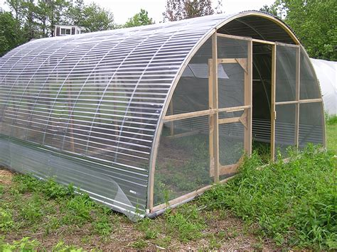 poultry house plans best poultry house plans for 1000 chickens with ideas about hoop house chickens on
