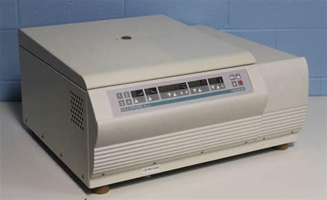 bench top centrifuge refurbished heraeus multifuge 3 s r benchtop centrifuge