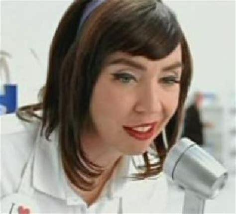 wienerschnitzel commercial gotcha actress spanengrish ramblings we love flo