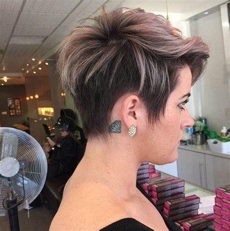 kurze haare farben verpassen fuer diesen sommer kurze