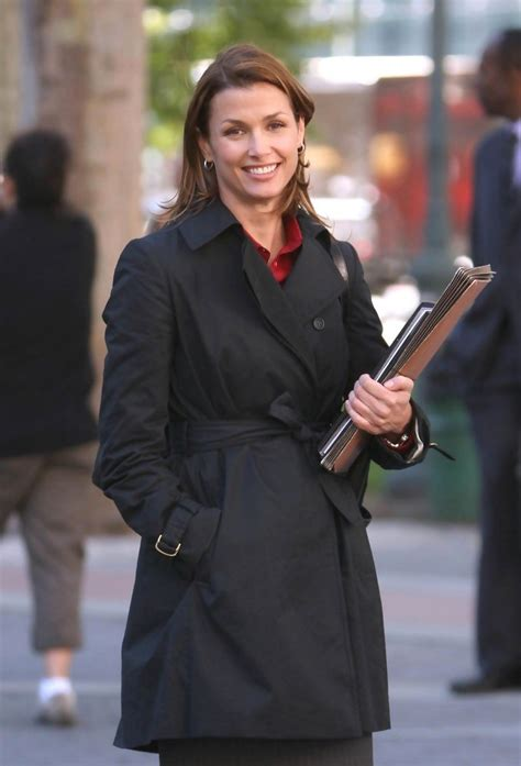 film blue blood bridget moynahan in bridget moynahan and donnie wahlberg