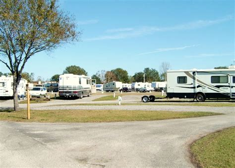 best rv resorts in central florida - Tiki House Rv Park On Pensacola
