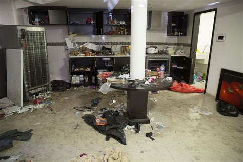 el chapo guzman house joaquin el chapo guzman arrest video reveals deadly gunfight that led to mexican drug lord s