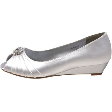 dyeable flat wedding shoes 33 best shoes images on wedding shoes heels