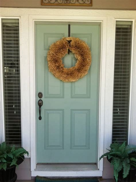 choose the best color for your front door decor10