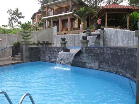bukit alamanda resort resto 2017 prices reviews photos garut indonesia hotel