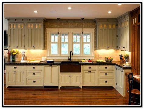 craftsman kitchen cabinets 25 best ideas about bungalow kitchen on pinterest