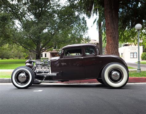 carroll s deuce rod 1932 ford tire on road