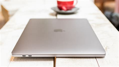 Macbook Pro 13 Inch 13 inch macbook pro vs 15 inch macbook pro macworld uk
