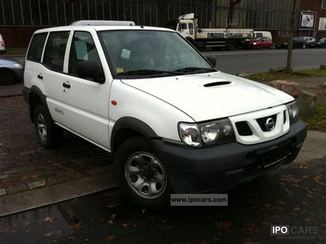 nissan terrano 2002 2002 nissan terrano ii outdoor 2 7 td car photo and specs