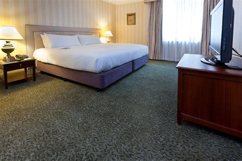 room carpet tiles rubber floors vysal underfloor heating