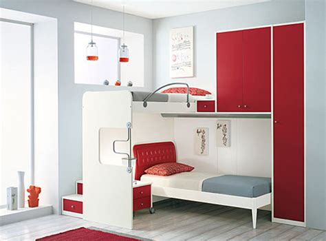 tips small bedrooms:  with the small bedroom and to not look obstructive but impressive