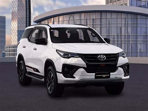 Cover Handel All New Fortuner Model Sporty toyota fortuner trd sportivo launched in india launch