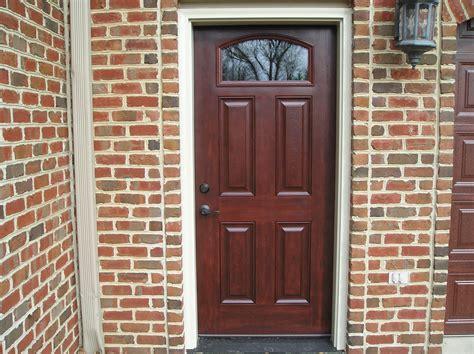 Clopay And Provia Entry Doors Provia Signet Fiberglass Entry Door In Cherry Provia Entry Doors Garage Doors