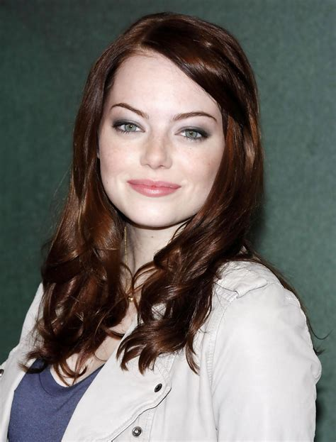 emma stone brown hair emma stone photos photos emma stone at the easy a