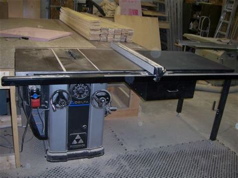 Delta Unisaw Table Saw by 10 Quot Delta Unisaw Table Saw