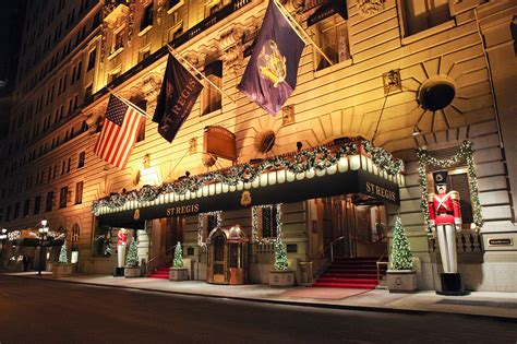 best christmas hotels for spending the holidays in nyc