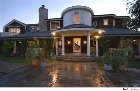 jessica simpson house looks like jessica simpson did buy osbourne home in hidden hills calif