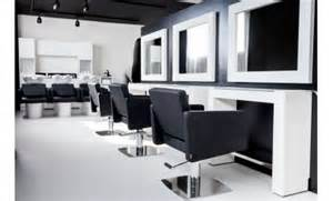 equipement salon de coiffure ameublement tablette