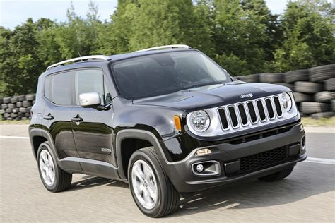 jeep renegade 2018 jeep renegade gains an updated interior and