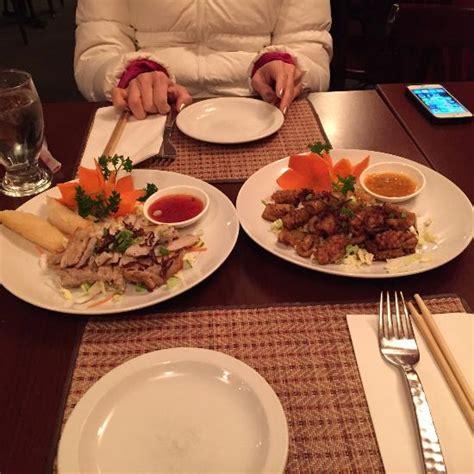 cuisine ottawa som tum cuisine ottawa restaurant reviews