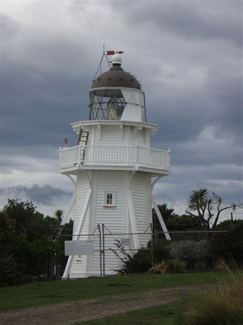 light house real estate moeraki lighthouse walk coastal otago nz 49 travel reviews for moeraki lighthouse walk