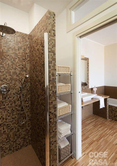 la doccia una casa da due appartamenti con vista mare cose di casa