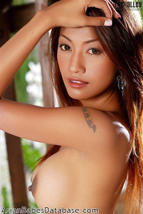Hot Thai Woman Naked