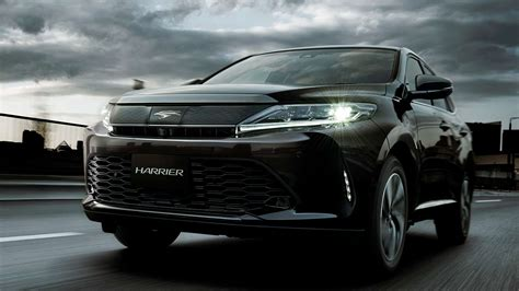 toyota harrier toyota harrier facelift makes debut 2 0 turbo