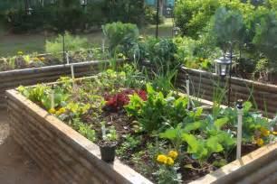 Raised bed vegetable garden depth front yard landscaping ideas