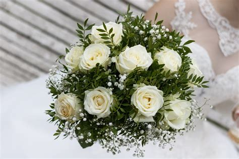 spesa fiori matrimonio 5 consigli per risparmiare sui fiori per il matrimonio