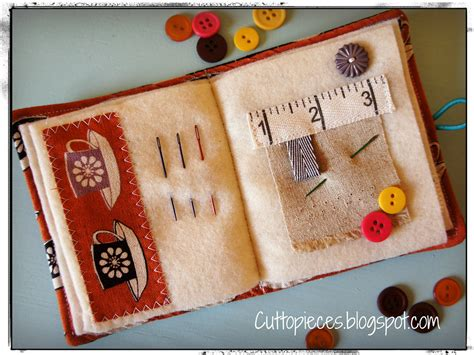 needle book interior     details blogged