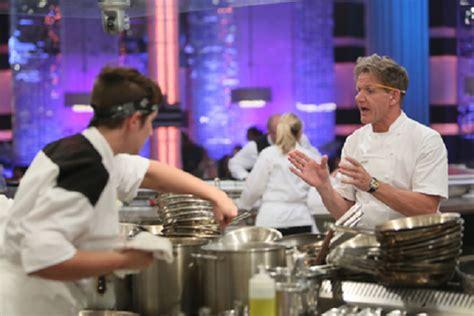hell s kitchen season 13 hell s kitchen 2014 season 13 finale live recap a winner is chosen