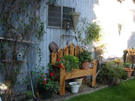 birdhouse bench my birdhouse bench in the garden pinterest