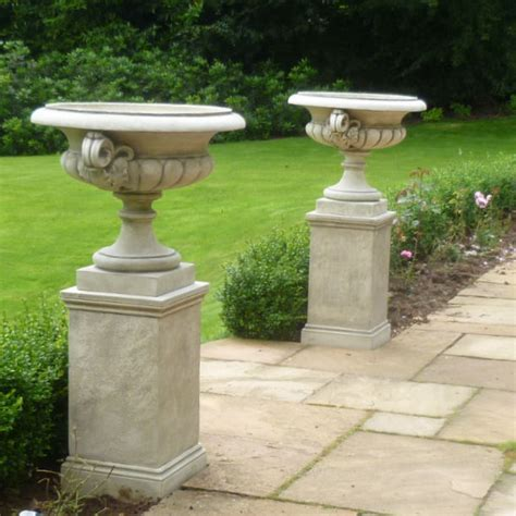 Garden Urns And Planters by Chesterblade Urn Garden Ornaments