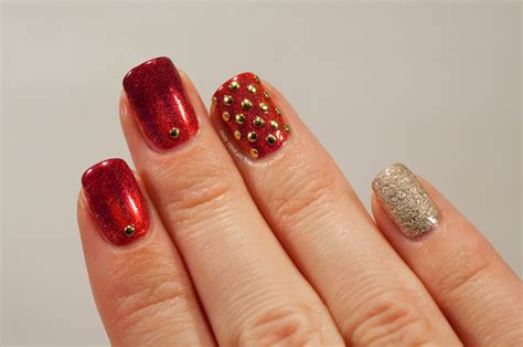 studded holo skittlette may contain traces of