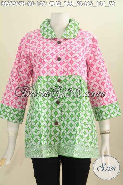 Baju Batik Warna Biru Muda baju batik keren kombinasi warna pink dan hijau muda blus batik kerah bulat motif klasik kawung