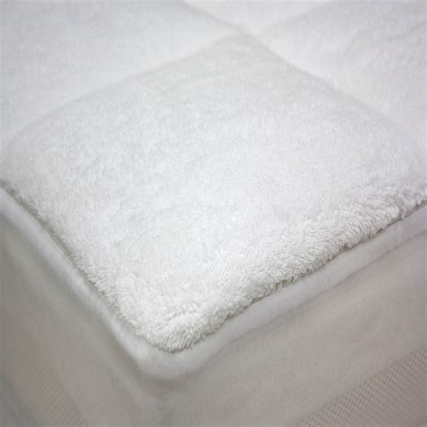 All Seasons Mattress by Cloud All Season Reversible Mattress Pad Mattress Pads