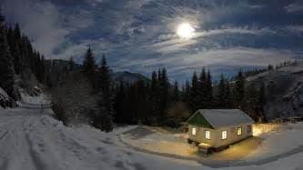 Winter House by House In Winter Night 3840x2160 4k 16 9 Ultra Hd Uhd