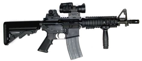 colt m4 carbine with mk 18 cqbr receiver fitted