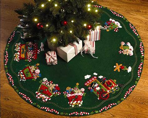 bucilla felt christmas tree skirt kits fth international