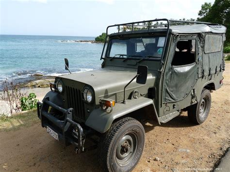 mitsubishi military jeep sri lanka jeep rentals hire mitsubishi 4x4 military jeep