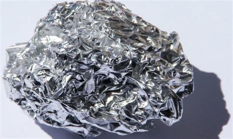 afiches relacionados con el aluminio 191 es seguro cocinar con papel de aluminio