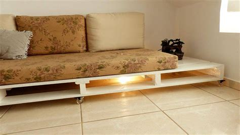 pallette couch how to turn old pallets into pallet couch 101 pallet ideas