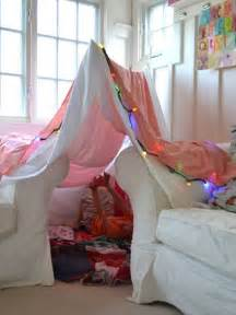 How To Build Living Room Fort 20 Creative Indoor Fort Ideas Nifymag
