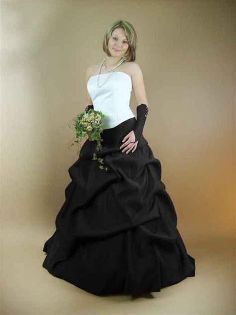Hochzeitskleid Wei by Hochzeitskleid Schwarz Wei 223 Kleiderfreuden